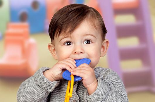 Remedios alternativos para la primera dentición