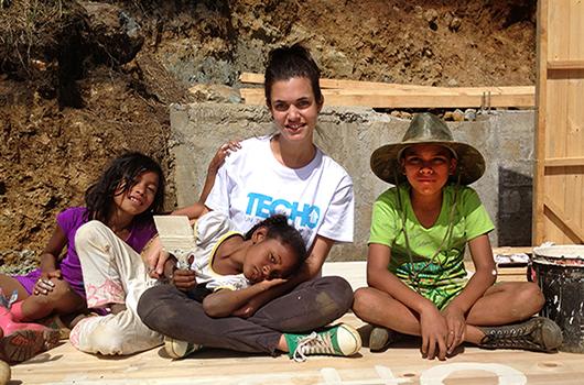 Una voluntaria de TECHO comparte su experiencia-MainPhoto