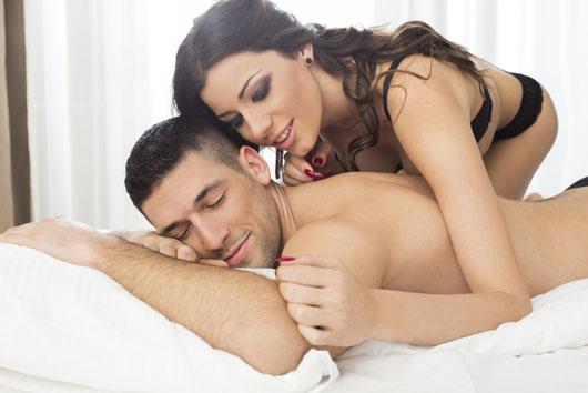 6-deseos-de-los-hombres-en-la-cama-que-no-se-atreven-a-pedir-Photo4