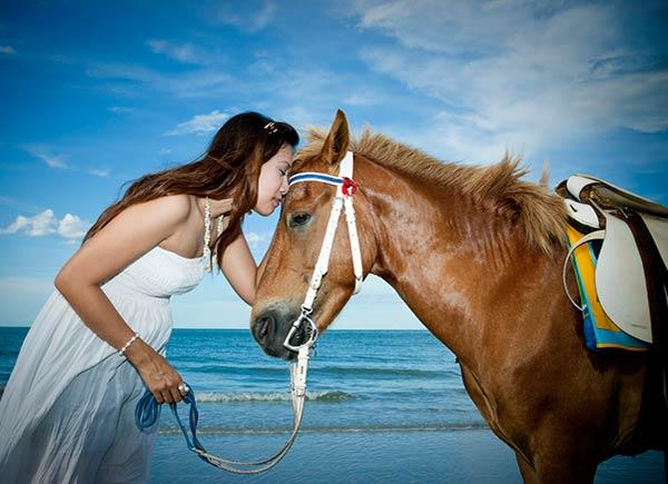 15 razones por las que las mujerers aman los caballos-SliderPhoto