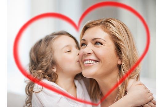 Lo que las mamás latinas quieren para el Día de la Madre-MainPhoto