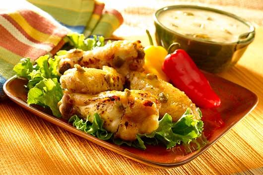 Alitas de pollo jalapeño con piña y salsa-MainPhoto