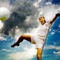 10 razones por las que las chicas deberan jugar al fútbol-SliderPhoto