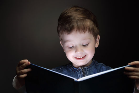 10-Ways-to-Get-Your-Kid-Amped-About-Reading-photo8