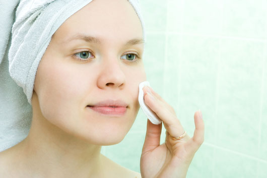 Grease-Monkey-10-Foolproof-Tips-to-Control-Oily-Skin-photo7