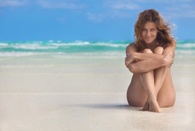 15 razones por las que merece la pena visitar una playa nudista-MainPhoto
