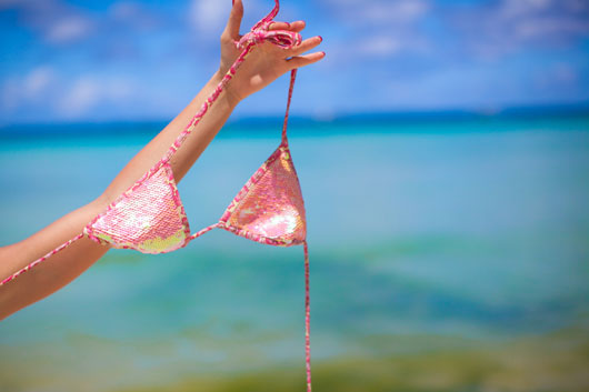 15-Reasons-to-Consider-Visiting-a-Nudist-Beach-photo7