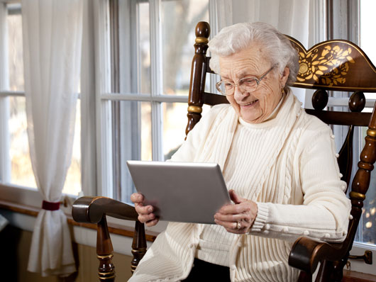 Age-14-Reasons-Why-the-Elderly-Should-Have-iPads-or-Tablets-photo11