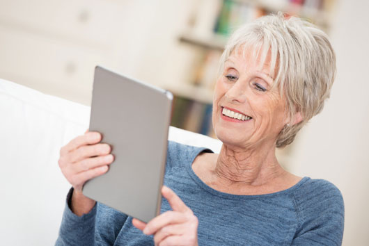 Age-14-Reasons-Why-the-Elderly-Should-Have-iPads-or-Tablets-photo5