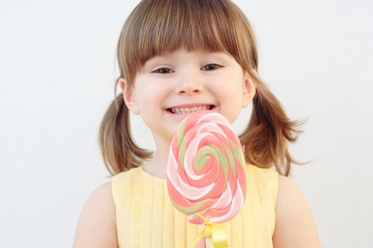10-Ways-to-Nip-Your-Kids'-Sweet-Tooth-in-the-Bud-photo6