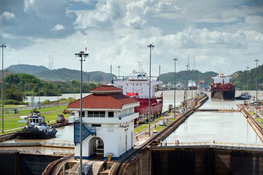 12-Things-You-Didn't-Know-About-the-Panama-Canal-MainPhoto