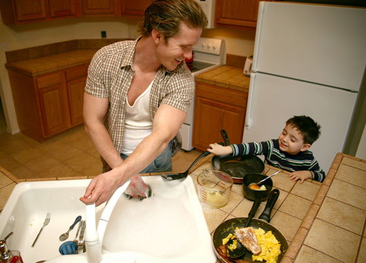 15-Reasons-Latinas-Should-Embrace-the-Idea-of-Stay-at-Home-Dads-photo9