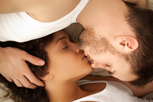 The-Eva-MendezRyan-Gosling-Effect-15-Things-Every-Bi-Racial-Couple-Should-photo11