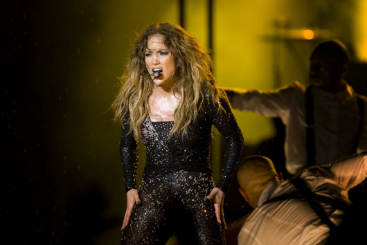 The-J-Lo-Paradox-15-Reasons-Why-this-Icon-Makes-Us-Say-'Huh'-photo2