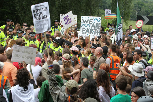 What-the-Frack-15-Facts-You-Need-to-Know-About-Fracking-photo2