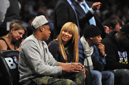 Pop-Gossip-10-Reasons-Why-We-Dont-Want-to-Believe-the-Beyonce-&-Jay-Z-Marriage-Rumors-photo5