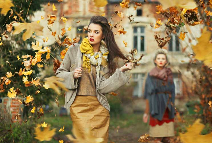 Shifting-Chic-15-Must-Have-Items-to-Take-your-Wardrobe-Into-Fall-MainPhoto
