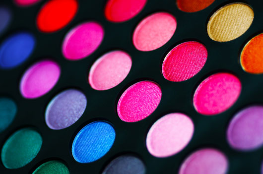 The-Glitterati-10-Awesome-Ways-to-Add-Flair-to-your-Eye-Makeup-photo9
