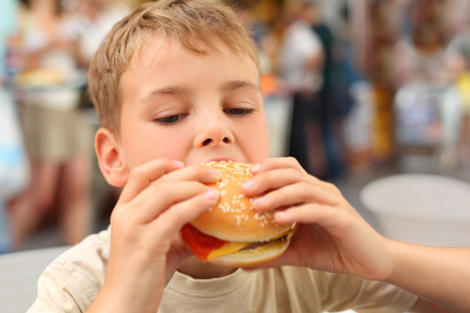 The-Parenting-of-Fat-10-Ways-you-are-Making-Your-Kids-Overweight-photo8