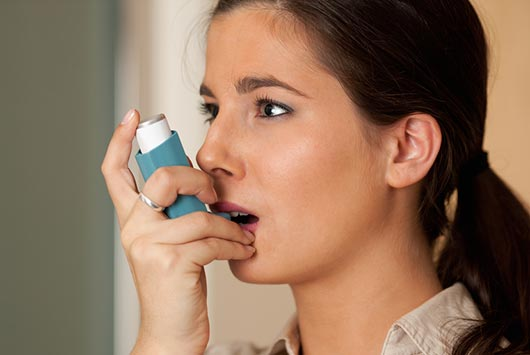 Waiting-to-Exhale-12-Facts-About-Asthma-Every-Latina-Mom-Needs-to-Know-MainPhoto