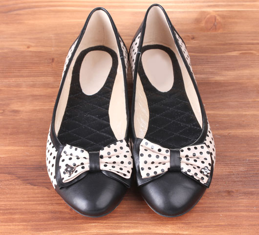 Flat-Out-Right-12-Reasons-Why-Wearing-Flats-is-the-Future-photo9