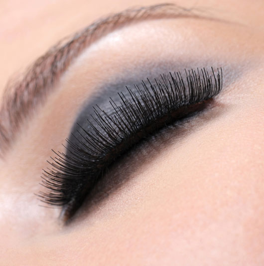 Lashing-Out-10-Ways-Keep-to-Your-Eyelashes-Luscious-and-Strong-photo8