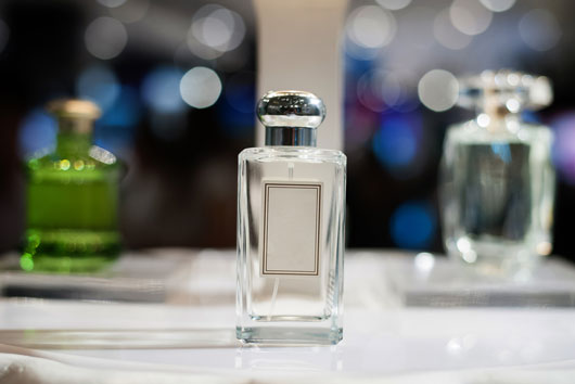 Scent-of-a-Woman-10-Tips-on-Choosing-a-Signature-Fragrance-photo6