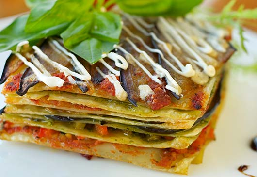 The-Art-of-Vegging-Out-14-Iconic-Dishes-and-their-Vegetarian-Alternatives-MainPhoto