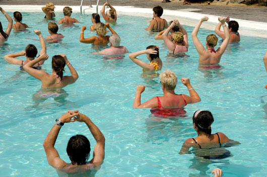 Wet-and-Wild-13-Reasons-to-Try-Aqua-Zumba-this-Year-photo11