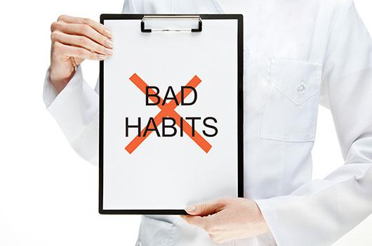 20-Bad-Habits-that-Ruin-our-Teeth-MainPhoto
