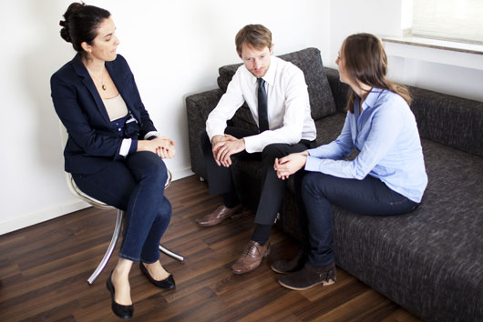 Session-Control-10-Ways-to-Approach-Your-First-Couples-Therapy-Meeting-photo8