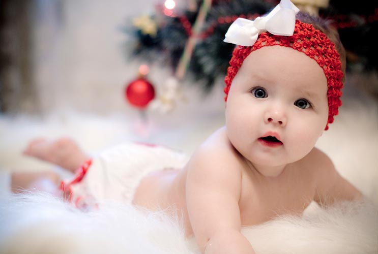 Five Gift Ideas for Baby's First Christmas-MainPhoto