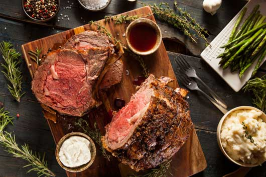 Hamming-it-Up-12-Christmas-Recipes-with-Offbeat-Ways-to-Glaze-Your-Roast-MainPhoto