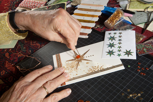 Handmade-Holidays-11-Reasons-to-Craft-Your-Own-Cards-this-Year-photo6