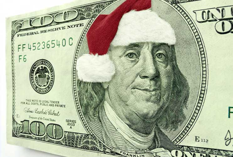 Holiday-Help-Tips-on-Creating-a-Budget-(and-Sticking-to-It)-MainPhoto