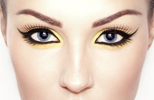 Liner-Notes-10-Essential-Tips-to-Perfect-the-Cat-Eye-photo4