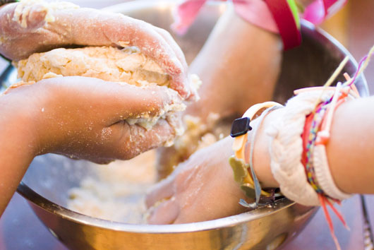 The-Growing-Gourmand-14-Reasons-why-Your-Kid-Should-Learn-How-to-Cook-photo13