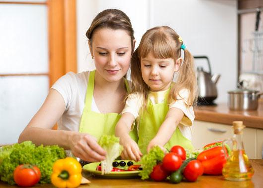14 razones por las que cocinar con tus hijos es importante for Como aprender a cocinar