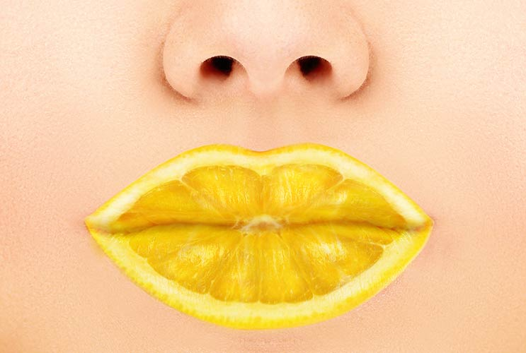 Aid-by-Lemons-10-Reasons-you-Should-Drink-Lemon-Water-Every-Day-MainPhoto