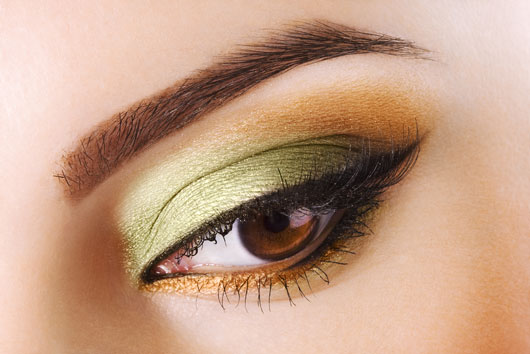 New-You-12-Out-of-the-Box-Makeup-Ideas-to-Renew-Your-Everyday-Look-photo4