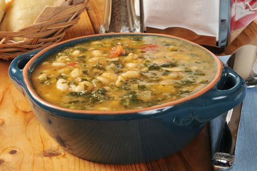 Sabor-latino-sopa-de-frijol-blanco-Caldo-Gallego-MainPhoto
