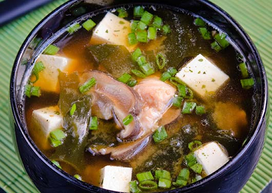 8-Miso-Soup-Recipes-that-Feel-Like-Healing-in-a-Bowl-MainPhoto