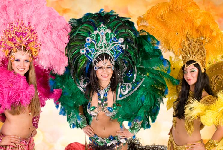Carnival-A-Brief-History-of-Awesomeness-in-Brazil-MainPhoto