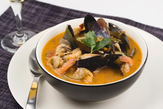 Mariner-Meals-10-Seafood-Soup-Recipes-to-Salute-Right-Now-MainPhoto