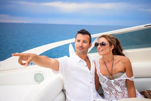Viaje-naútico-razones-geniales--para-rentar-un-barco-este-verano-MainPhoto