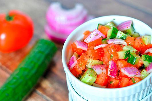 Tomato-and-Cucumber-Salad-3
