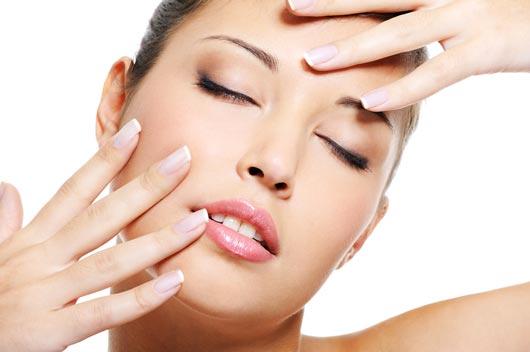 Uñas-Redondas-o-cuadradas-Cómo-saber-el-estilo-para-tu-manicure-MainPhoto