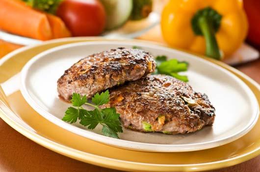 Cómo-disfrutar-de-hamburguesas-y-hot-dogs-con-una-dieta-baja-o-sin-carbohidratos-MainPhoto