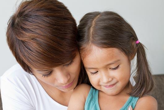 Cómo hablar con tus hijos sobre sucesos actuales-MainPhoto