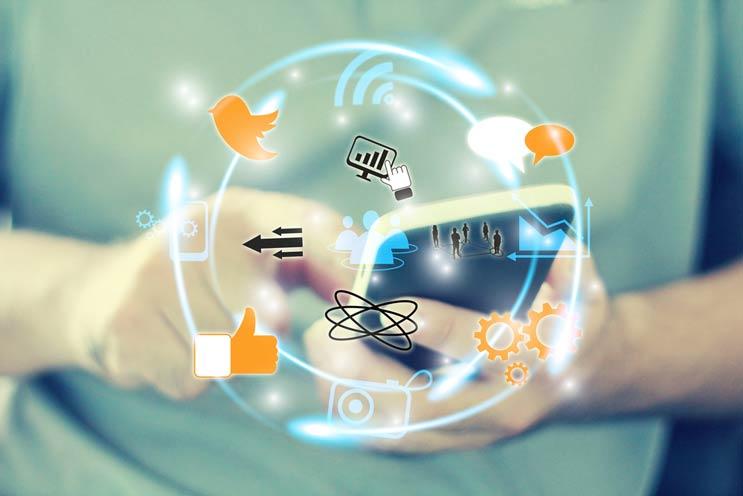 Cómo-mejorar-tu-manejo-de-redes-sociales-MainPhoto